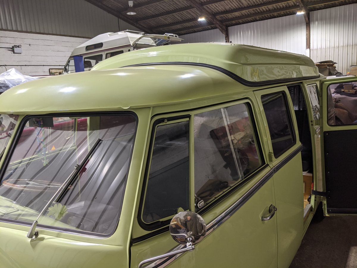 1964 VW split screen camper van For Sale (picture 1 of 6)