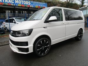 Picture of 2017/ 67 Volkswagen Transporter Shuttle 2.0TDI EURO 6 - 9 SE For Sale
