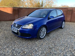 GOLF R32 ONLY 11K FVWSH 1 OWNER SUNROOF