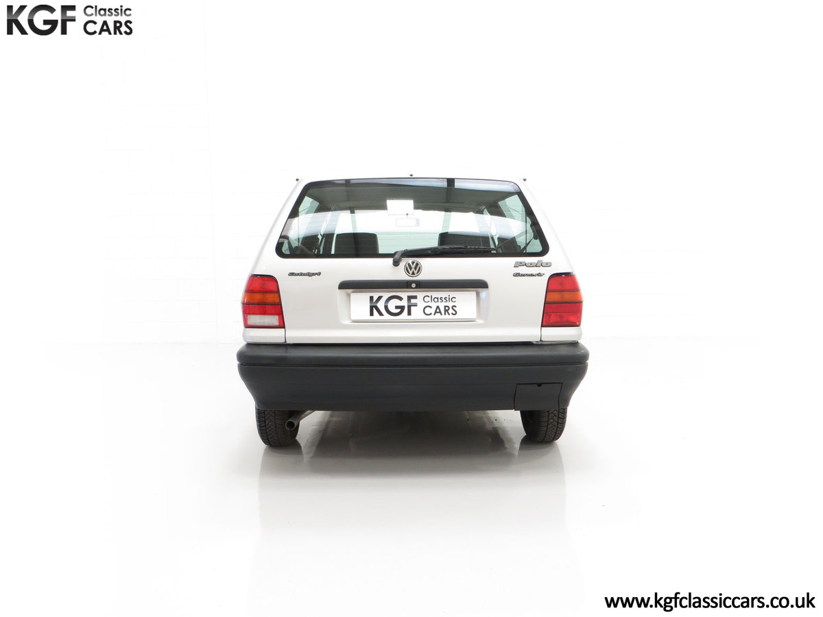 1992 A Volkswagen Polo Mk2F Genesis Breadvan with 34,637 Miles For Sale (picture 10 of 24)