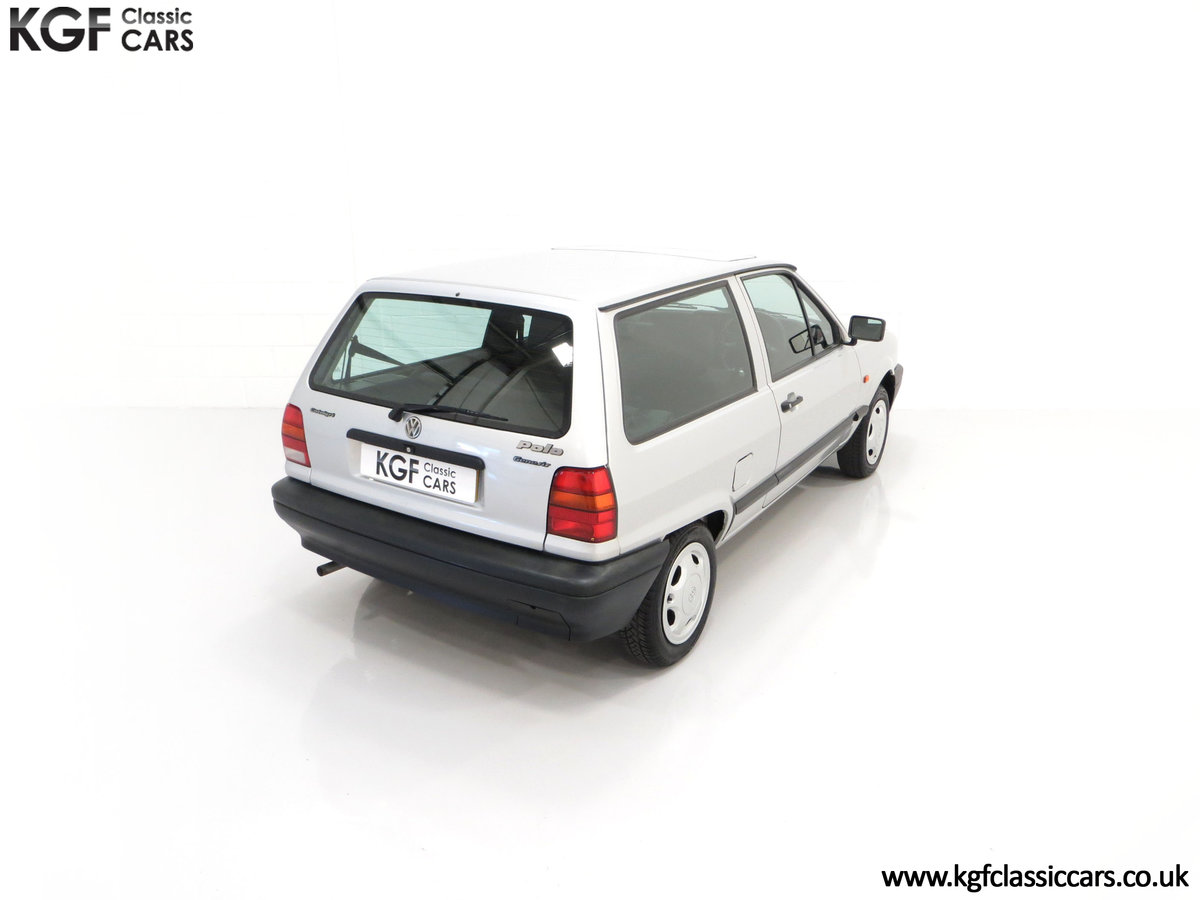 1992 A Volkswagen Polo Mk2F Genesis Breadvan with 34,637 Miles For Sale (picture 12 of 24)