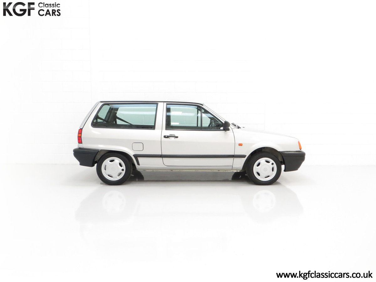 1992 A Volkswagen Polo Mk2F Genesis Breadvan with 34,637 Miles For Sale (picture 14 of 24)