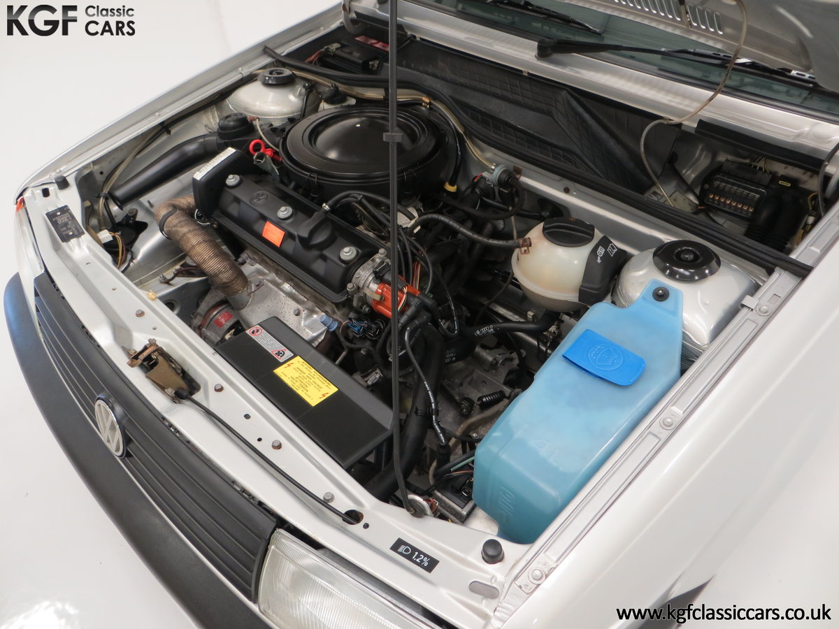 1992 A Volkswagen Polo Mk2F Genesis Breadvan with 34,637 Miles For Sale (picture 16 of 24)