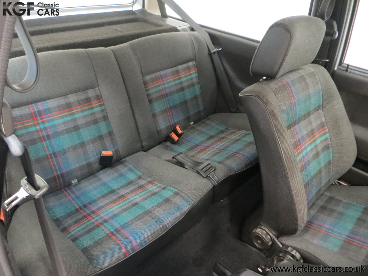 1992 A Volkswagen Polo Mk2F Genesis Breadvan with 34,637 Miles For Sale (picture 19 of 24)