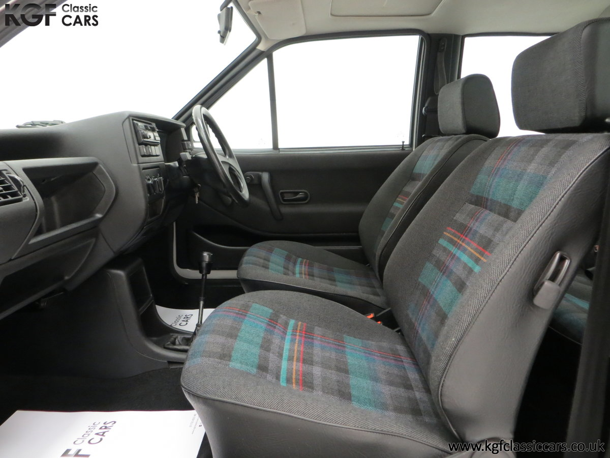 1992 A Volkswagen Polo Mk2F Genesis Breadvan with 34,637 Miles For Sale (picture 20 of 24)