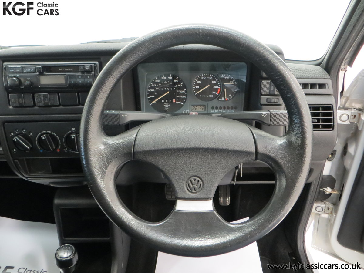 1992 A Volkswagen Polo Mk2F Genesis Breadvan with 34,637 Miles For Sale (picture 22 of 24)