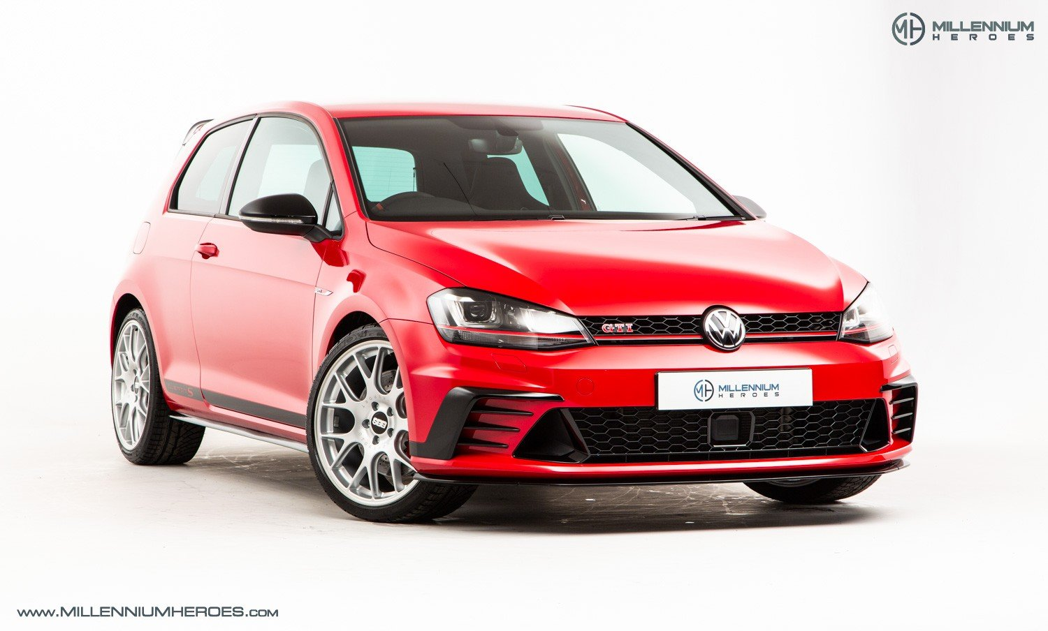 2016 VOLKSWAGEN GOLF GTI CLUBSPORT S For Sale (picture 3 of 7)