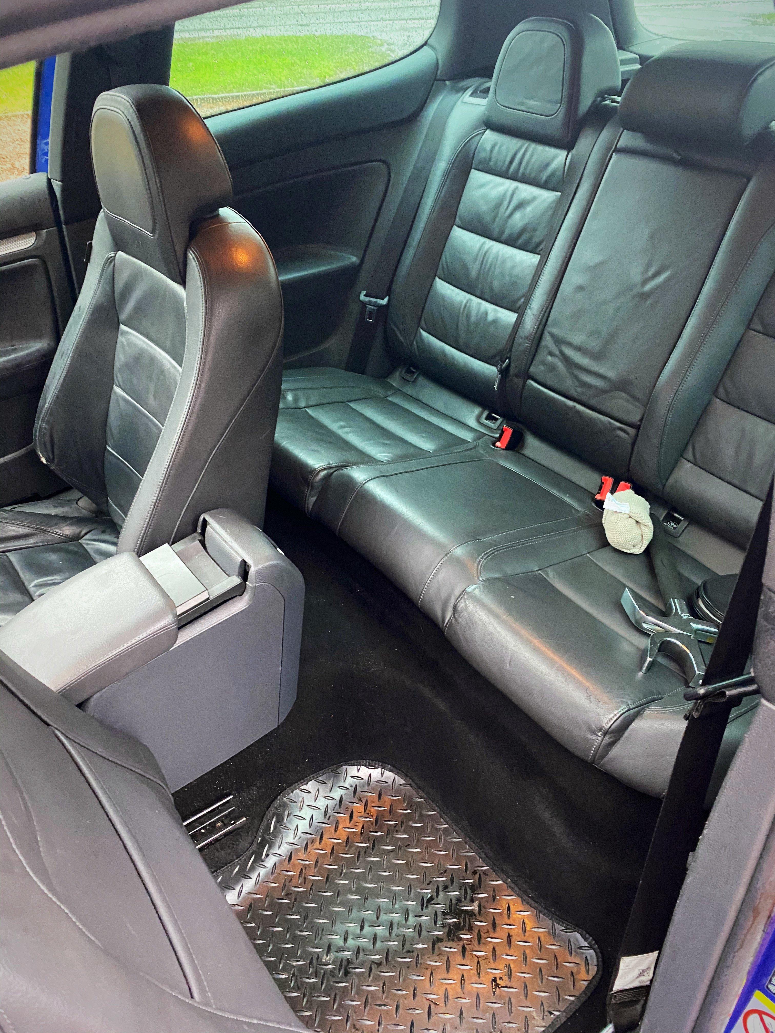 2007 Volkswagen Golf R32 MK5 3 Door DSG Low Miles For Sale (picture 7 of 9)