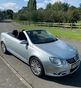 VW EOS 2.0D Convertible