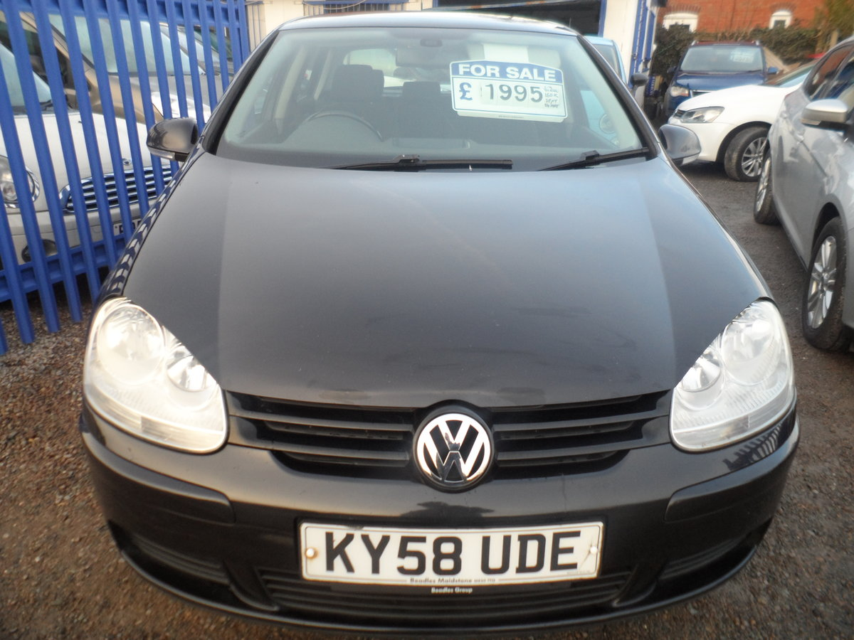 2010 10 PLATE GOLF 5 DOOR 1900cc DIESEL IN BLACK FITTED  ALLOYS For Sale (picture 1 of 12)