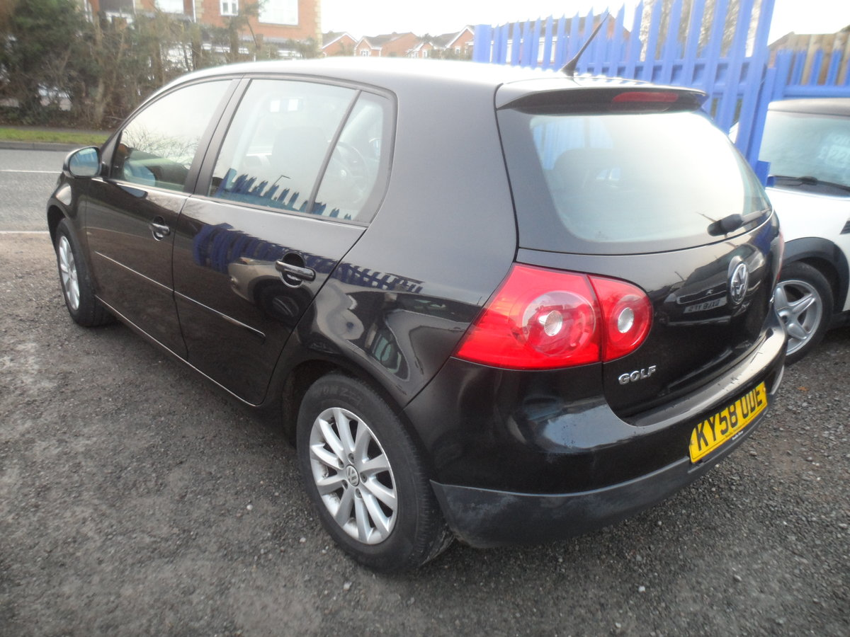 2010 10 PLATE GOLF 5 DOOR 1900cc DIESEL IN BLACK FITTED  ALLOYS For Sale (picture 2 of 12)