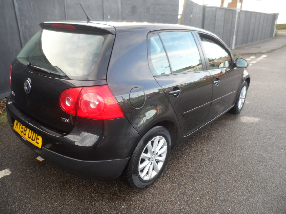 2010 10 PLATE GOLF 5 DOOR 1900cc DIESEL IN BLACK FITTED  ALLOYS For Sale (picture 4 of 12)
