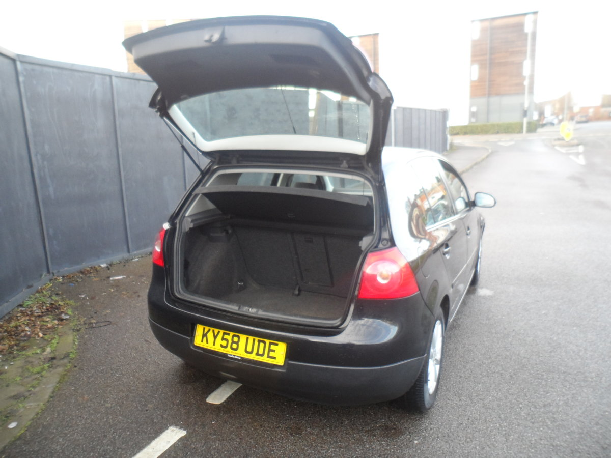 2010 10 PLATE GOLF 5 DOOR 1900cc DIESEL IN BLACK FITTED  ALLOYS For Sale (picture 7 of 12)