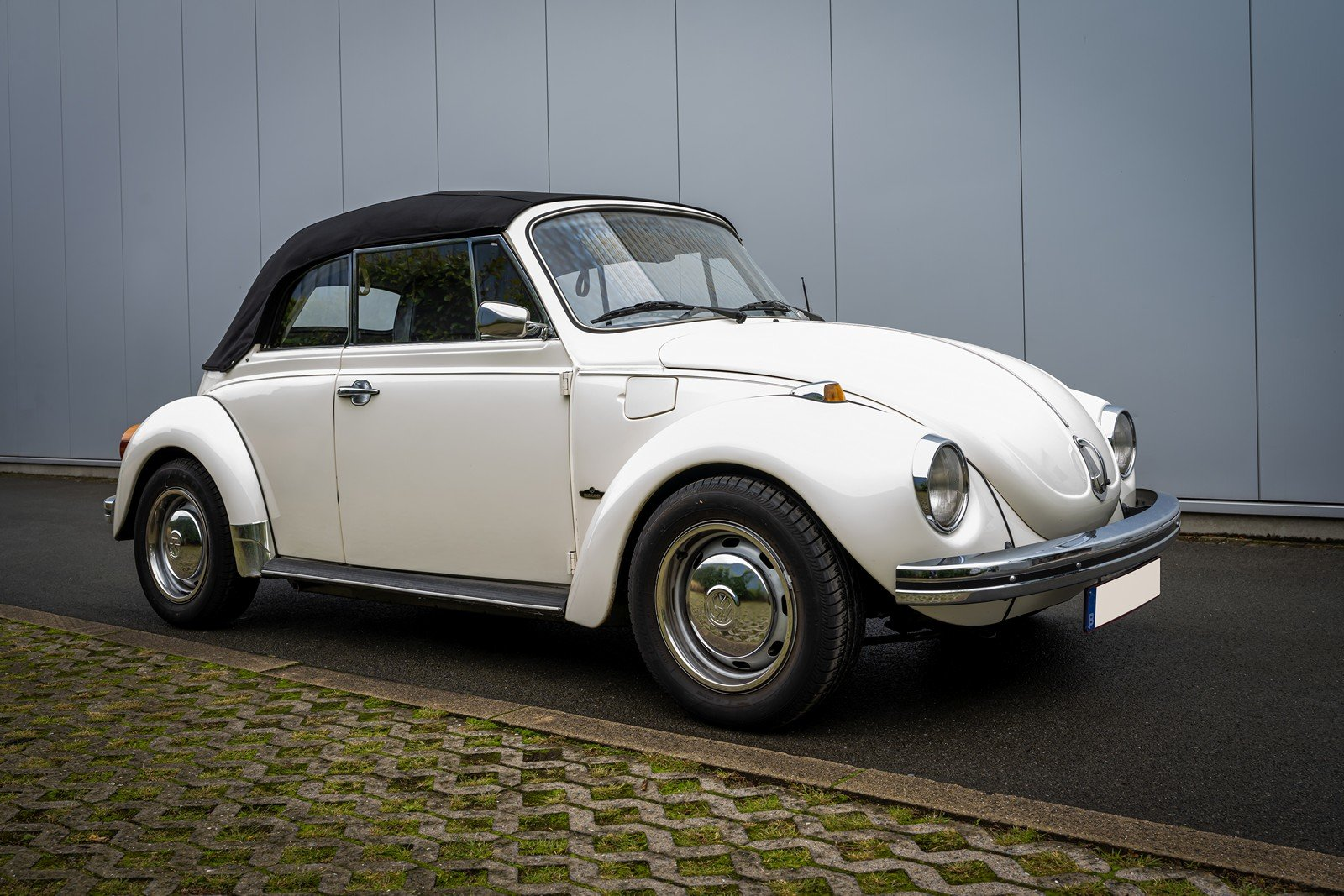 1973 Volkswagen Beetle Type 1303 Cabriolet For Sale (picture 3 of 39)