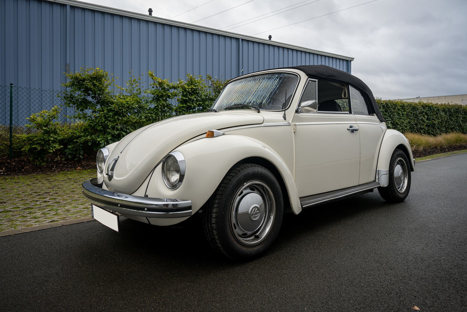 1973 Volkswagen Beetle Type 1303 Cabriolet For Sale (picture 5 of 39)
