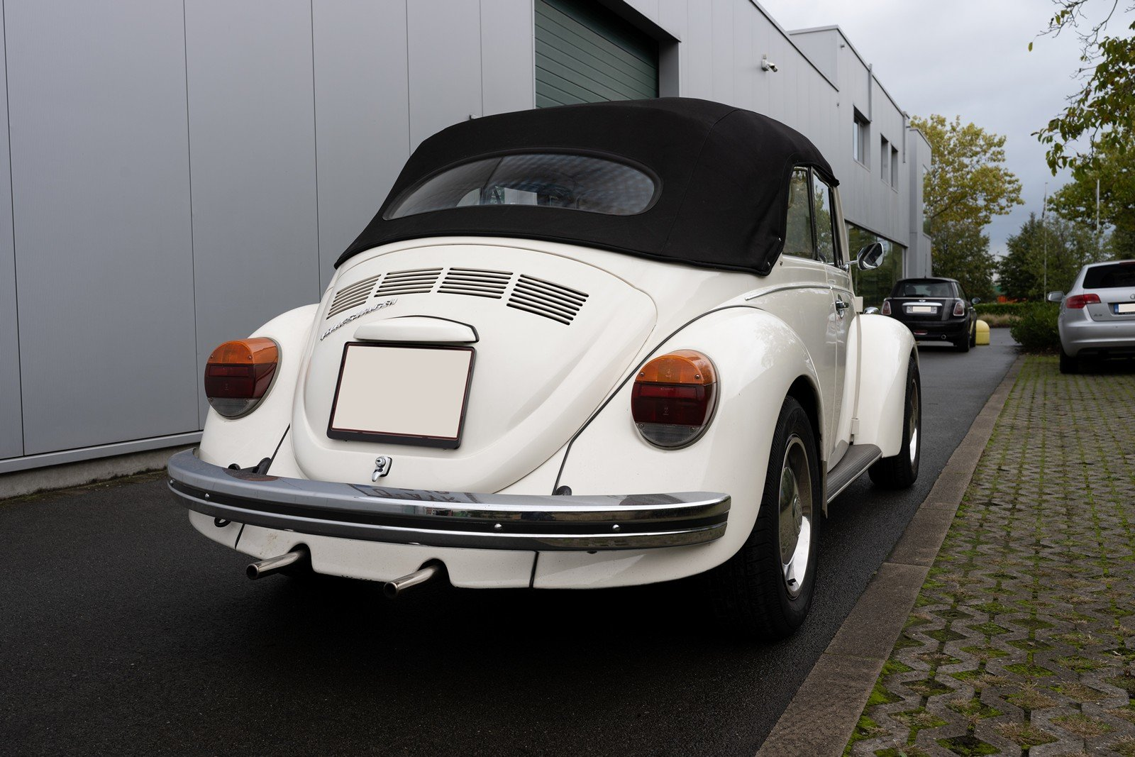 1973 Volkswagen Beetle Type 1303 Cabriolet For Sale (picture 10 of 39)