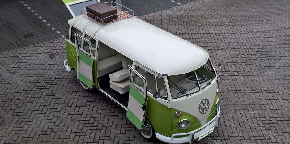 1975 Volkswagen T1 Kombi deluxe 15 windows 75 hp For Sale (picture 1 of 6)