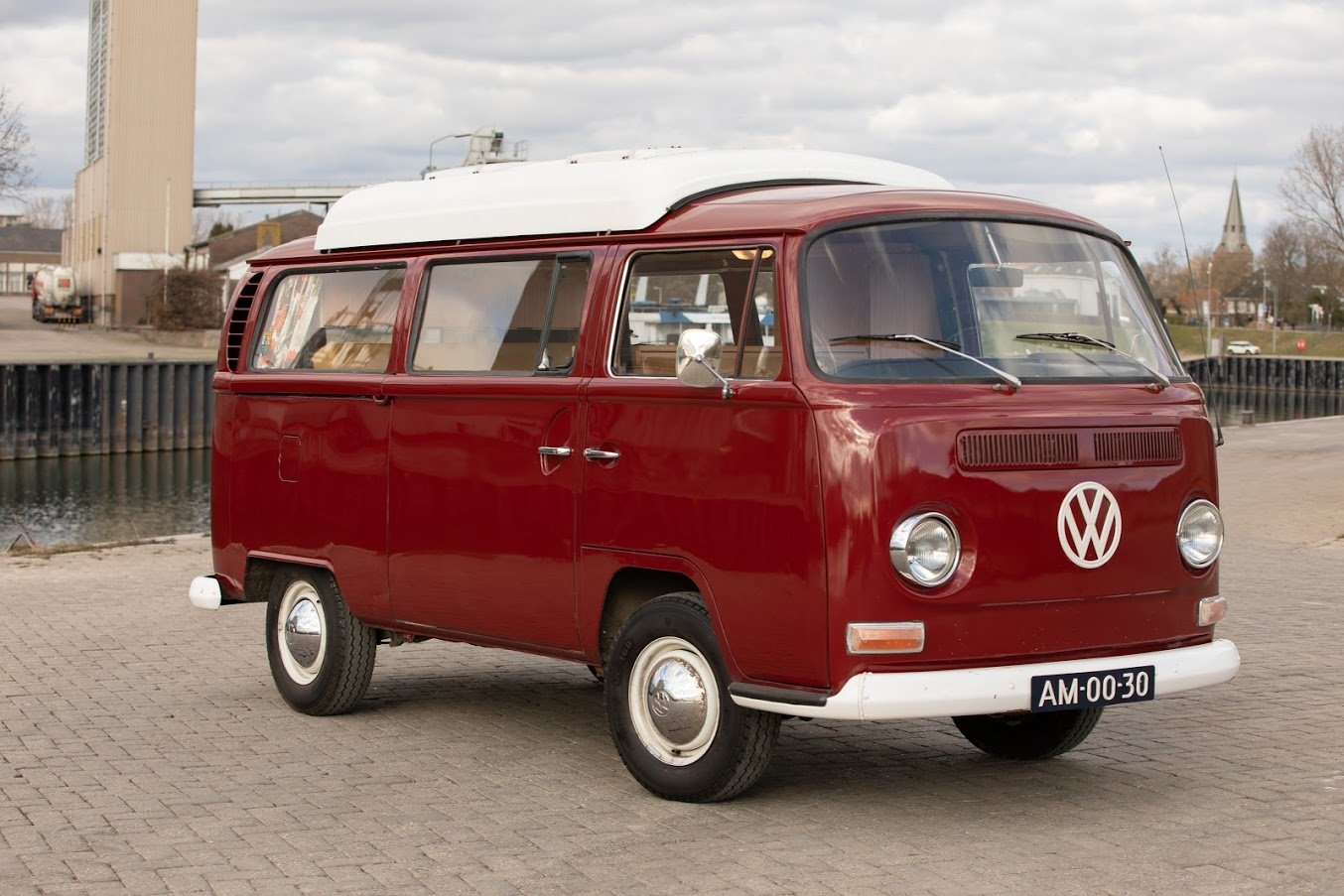 1968 Volkswagen T2A Doormobile, Westfalia Bus For Sale (picture 3 of 7)