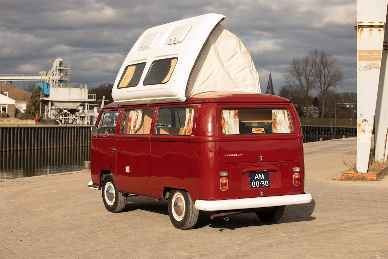 1968 Volkswagen T2A Doormobile, Westfalia Bus For Sale (picture 4 of 7)
