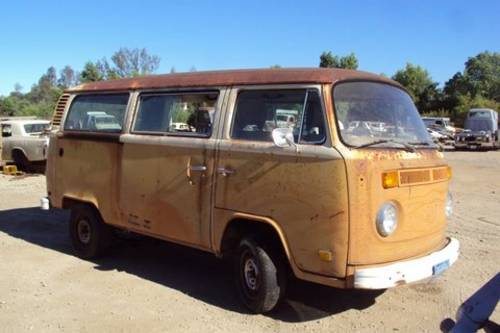 1977 VW Bay window  bus rust free  SOLD (picture 1 of 6)