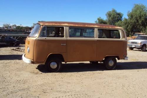 1977 VW Bay window  bus rust free  SOLD (picture 4 of 6)