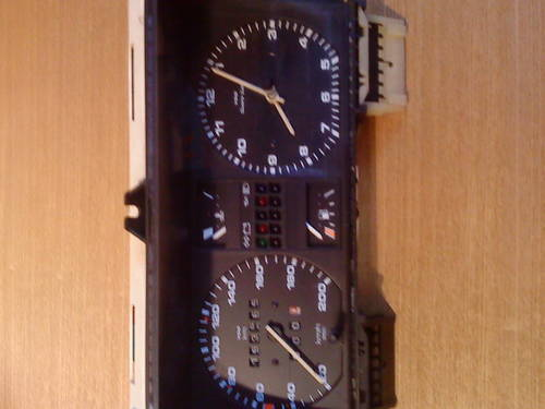 MK2 VW GOLF  GTI  VDO TYPE CLOCK (200 KM/H) For Sale (picture 4 of 6)