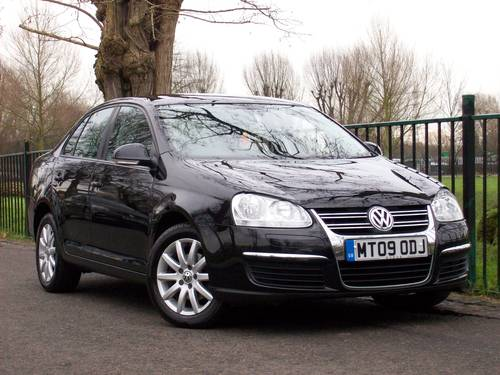 2009 Volkswagen Jetta 1.9 TDI S 4dr - Nice Example For Sale (picture 1 of 6)