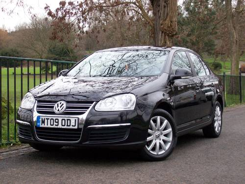 2009 Volkswagen Jetta 1.9 TDI S 4dr - Nice Example For Sale (picture 2 of 6)
