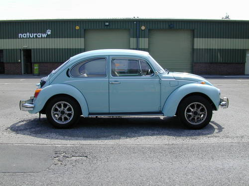 1973 VW CLASSIC BEETLE 1303S - RHD - 29k - COLLECTOR QUALITY! For Sale (picture 2 of 6)