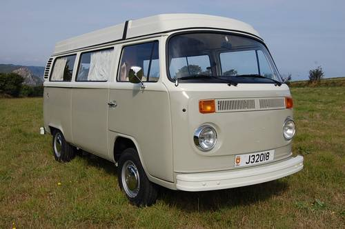 1975 Volkswagen T2 Westfalia Camper - fully restored For Sale (picture 1 of 6)