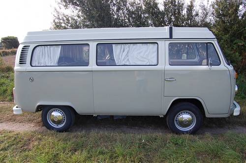 1975 Volkswagen T2 Westfalia Camper - fully restored For Sale (picture 2 of 6)