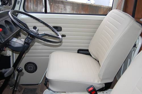 1975 Volkswagen T2 Westfalia Camper - fully restored For Sale (picture 3 of 6)