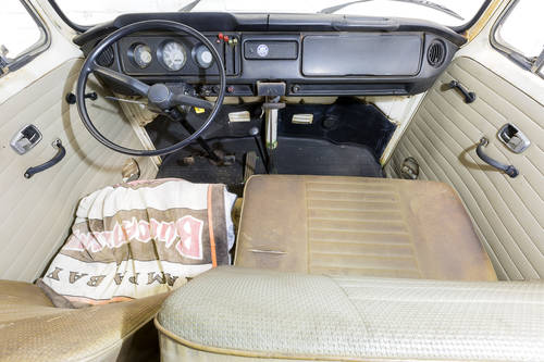 LHD 1969 T2 Volkswagen VW Double Crew Cab Pick Up Truck For Sale (picture 5 of 6)