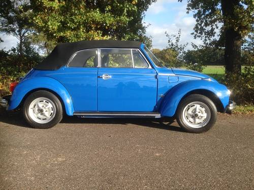 beetle convertible 1303 1973 body off restored like new For Sale (picture 1 of 6)