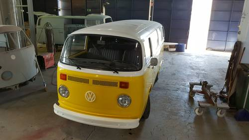1979 VW T2 converted to mobile coffee shop For Sale (picture 3 of 3)