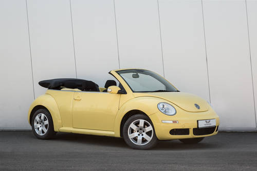 2009 Volkswagen Beetle Cabriolet Luna- Low Mileage SOLD (picture 1 of 6)