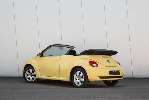 2009 Volkswagen Beetle Cabriolet Luna- Low Mileage SOLD (picture 3 of 6)