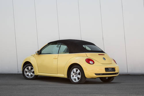 2009 Volkswagen Beetle Cabriolet Luna- Low Mileage SOLD (picture 4 of 6)