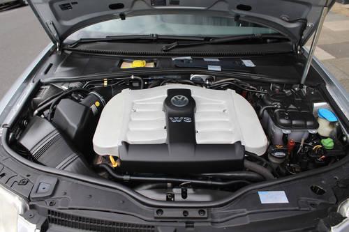 2005 Volkswagen W8 Passat (RHD) SOLD (picture 6 of 6)