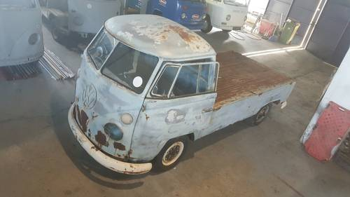 1967 VW T1 Pickup in good basis for restoration For Sale (picture 1 of 6)