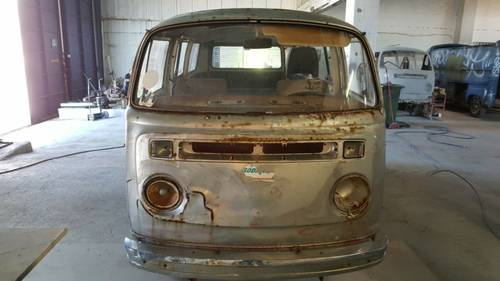 1979 Volkswagen T2 Special Edition Silverfish Camper For Sale (picture 4 of 6)