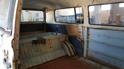 1979 Volkswagen T2 Special Edition Silverfish Camper For Sale (picture 6 of 6)