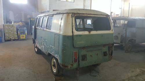 1965 VW T1 Kombi bus for restoration For Sale (picture 3 of 6)
