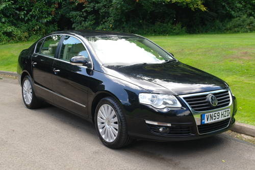 2010 VOLKSWAGEN PASSAT HIGHLINE TDi 170.. TOP SPEC.. FSH.. SOLD (picture 2 of 6)