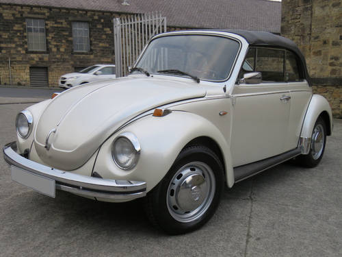 1974 VW Beetle Karmann Cabriolet - Stunning Car -One of The Best  SOLD (picture 3 of 6)