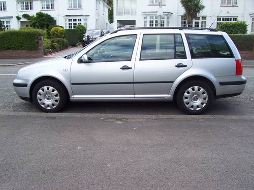 2001 LEFT HAND DRIVE VOLKSWAGEN GOLF ESTATE 1.4I For Sale (picture 2 of 6)