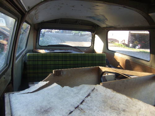 For sale 1972 VW Riviera campervan For Sale (picture 4 of 6)