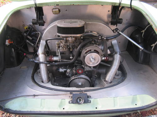 VW Karmann Ghia Coupe LHD 1971 SOLD (picture 3 of 6)