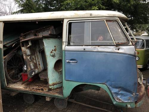 1965 VW Split screen Camper Bus Van Patina Project For Sale (picture 2 of 6)