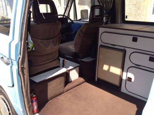 1985 Hi Top Camper For Sale (picture 4 of 6)